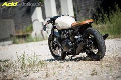 Triumph Thruxton 900 by Competition Park Neuchâtel » AcidMoto.ch, le site suisse de l'information moto