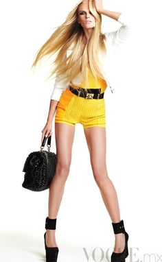 "Anne Vyalitsyna "" Una Super Star "" by David Roemer Vogue Mexico July 2012"