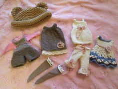 knit-Blythe-doll-clothes-outfit-lot