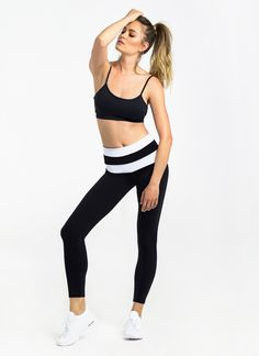 Made from our signature Supplex® fabric with added Lycra® stretch, this striped waistband leggings offer cotton-like comfort alongside a flattering fit, quick-drying qualities and superior durability. Features a wide dual-layer waistband designed to enhance support around the lower abs and hips.