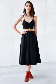 Kimchi Blue Ponte Empire Waist Midi Dress