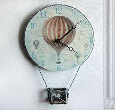 """Часы для дома ручной работы. Заказать Часы настенные  """"Путешественники на шаре"""". Изделия ручной работы от  Zuli. Ярмарка Мастеров."""