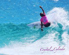 @sally_fitz makes it look easy at Snapper Rocks  #goldcoast4u  #barrel #superbank #greenmount #rainbowbay #coolangatta #wave #waves #kirra #snapperrocks #snapper #visitgoldcoast #duranbah #surfingqld #surfingqueenslandinc #QuikPro #RoxyPro @quiksilver @roxy #frothing #teamrider #grom #mudup #australia @balterbrewers @wsl #wsl by crystal_cylinder