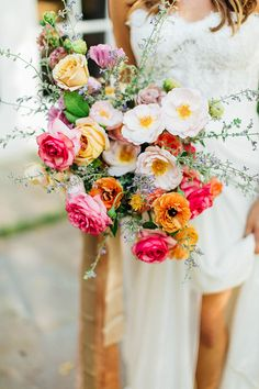 Palm Springs Wedding with Every Color of the Rainbow #summerweddingcolors #palmsprings #funweddingideas