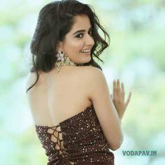 Ashika Ranganath is Kannada Actress and her first Debut movie is Crazy Boy and Now Woking in Rangamandira. Latest Photos and Ashika Ranganath Photos Cute Girl Photo, Beautiful Girl Photo, Beautiful Girl Indian, Most Beautiful Indian Actress, Indian Actress Hot Pics, South Indian Actress, Indian Actresses, South Actress, Cute Beauty