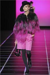 Milano Fashion Week Sfilata Giorgio Armani Milano - Collezioni Autunno Inverno 2012-13 - Vogue