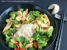 Chicken and Broccoli Stir Fry from @CurryandComfort http://www.yummly.com/recipe/Chicken-and-Broccoli-Stir-Fry-477429