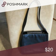 Mondani NY leather handbag Classic style nice leather handbag goid shape inside and out.  Larger bag about 9 inches high mondani ny Bags Shoulder Bags