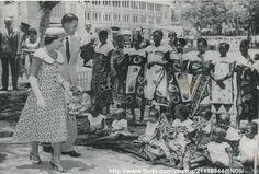 https://flic.kr/p/dT7Q7x | Princess Margaret in Tanganyika | DATE:October 12 1956 D:/in french/ Princess Margaret visit maternity hospital /original photo