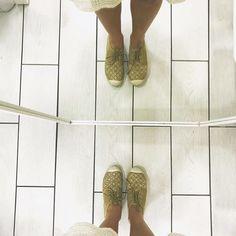 """Mi piace"": 5, commenti: 1 - Donnapiù (@donnapiu_official_) su Instagram: ""#kiss #donnapiù #outfitoftheday #coker #fenicottero #loveme #missyou #girl #brunette #etnico…"""