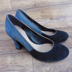 SIZE-UK-5-5-CLARKS-BODRUM-CASTLE-BLACK-BLUE-SUEDE-COURT-SHOES-CHUNKY-KITTEN-HEEL