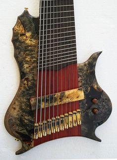 Prometeus Stonefish 11-string bass