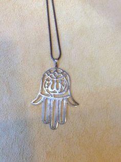 Die #Hand-der-Fatma schützt vor dem #Bösen #Blick und #Neid! Ein altes und magisches #Symbol. #Amulett aus 925 #Sterlingsilber. #Geschenkidee #Glück #Liebe #Schutz