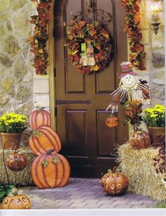 autumn door decorations   ... fall flag or wrap your front door with fall wrapping paper and garland