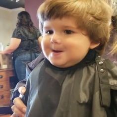 Omg look at his face😀😅😍,Funny, , Funny Categories Fuunyy Omg look at his face😀😅😍 Source by metdaan. Funny Baby Memes, Funny Video Memes, Funny Relatable Memes, Funny Jokes, Hilarious, Baby Humor, Funny Minion, Funny Videos For Kids, Cute Baby Videos