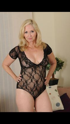 Great collection of larger milfs