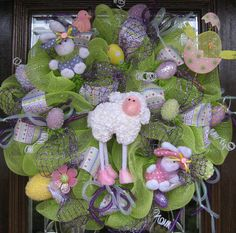 Deco Mesh LAMB, BUNNIES and CHICKS Easter Wreath
