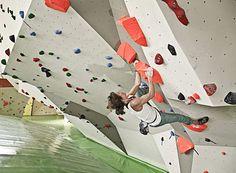 Bouldern im Dynochrom - Boulderhalle Frankfurt