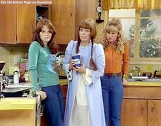 """Debralee Scott, Louise Lasser, and Mary Kay Place, in """"Mary Hartman, Mary Hartman"""" (1976-1977). Also starred Marian Mercer, Dodie Goodman, Dabney Coleman, Martin Mull, and Graham Jarvis. Me: To this day, I still say """"tempilarily"""", which I learned from Mary Kay Place as Loretta Haggers in this wacky show. In the spirit of """"It's fun to talk wrong."""" Mary Hartman Mary Hartman, Martin Mull, Dabney Coleman, Watch Tv Shows, Mary Kay, Coat, Jackets, Graham, 1970s"""