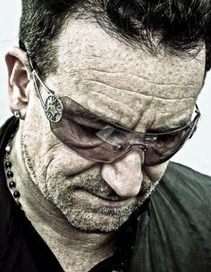 Bono, U2. Amazing and real picture.