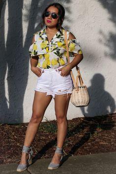 Limones y shorts via www.jessicafashionnotes.com lemon print, straw bag, striped shoes, espadrilles, zara