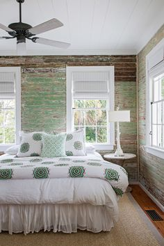 Island Beach Cottage in South Carolina – Town & Country Living Rustic Island Beach Cottage Bedroom with Shiplap Walls Coastal Bedrooms, Shabby Chic Bedrooms, Trendy Bedroom, Girls Bedroom, Bedroom Beach, Coastal Bedding, Bedroom Vintage, Beach Cottage Bedrooms, Country Bedrooms