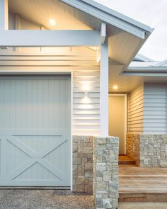 Manufactured by Doorcraft Colours Cladding: Taubmans 'Barely Beige' Trims: Taubmans 'Brilliant White' Eaves: Surfmist Garage Door: Taubmans 'Snow Olive' Tint Garage Door Colors, Garage Door Design, Exterior House Colors, Exterior Design, Garage Doors, Timber Garage Door, Garage Cabinets, Modern Country Style, Country Style Homes
