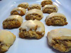 italian walnut pillow cookies