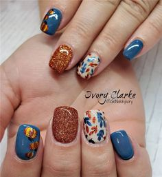 Deb Duxbury and new collaboration plate is my absolute - Nageldesign, Fancy Nails, Love Nails, Pretty Nails, My Nails, Cute Fall Nails, Simple Fall Nails, Shellac Nails, Fall Nail Art Designs, Nail Polish Designs
