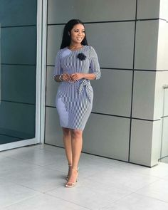 On our today's edition of corporate fashion attire, we are highly focused on our beautiful ladies. We gathered the best, most inspiring and elegant office styles that is trending this recent … Classy Work Outfits, Business Casual Outfits, Professional Outfits, Classy Dress, Chic Outfits, Fashion Outfits, Workwear Fashion, Fashion Blogs, Business Attire
