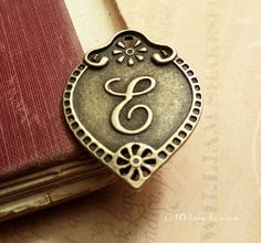6pc of Antiqued Bronze Initial  Letter E Connector by CMVision