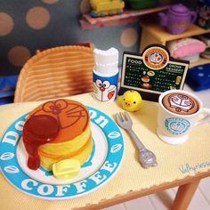 Doraemon Cafe pancakes by @valkyriessa