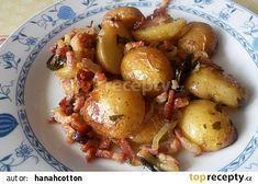 Pečené brambory na cibuli a slanině recept - TopRecepty.cz Gnocchi, Sprouts, Ham, Potato Salad, Food And Drink, Potatoes, Gluten Free, Vegetables, Cooking