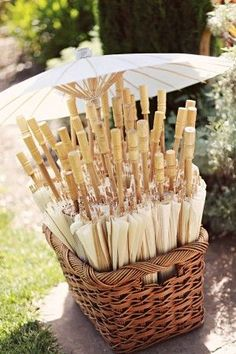 I might do a different color, but love the idea for a summer wedding