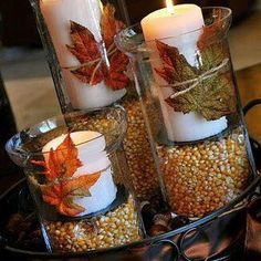 Rustikale Deko Idee mit Mais, Kerzen und Blättern Rustic decoration idea with corn, candles and leav Thanksgiving Diy, Diy Thanksgiving Centerpieces, Table Centerpieces, Centerpiece Ideas, Wedding Centerpieces, Autumn Centerpieces, Fall Home Decor, Cheap Home Decor, Fall Apothecary Jars