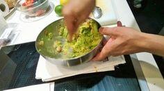 @jesusalmagro preparando el canelón de aguacate con langostinos.@solanoluisa