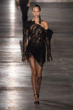 Paris Fashion Week: Saint Laurent SS17