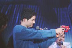 Song Joong Ki at Park Bo Gum's Fan Meeting in Taiwan 01.22.2017