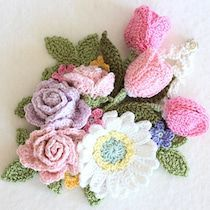 Beautiful Roses, Diy And Crafts, Crochet Necklace, Throw Pillows, Flowers, Pattern, How To Make, Inspiration, Granny Squares