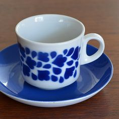 ARABIA [ stencil sereies ] coffeecup & saucer - カフェ、アンティーク マルカ…