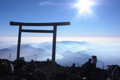 Fujisan, sacred place and source of artistic inspiration(富士山-信仰の対象と芸術の源泉)/ Shizuoka・Yamanashi(静岡・山梨)