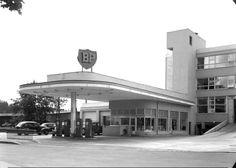 Oslo BP-stasjonen på Skøyen 1954 Foto Leif Ørnelund