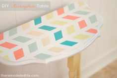 The Remodeled Life: Easy Herringbone Painted Table