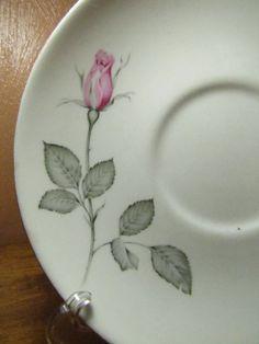 Vintage Zylstra Rose Saucer Gold Gilding, Brush Pen, Green Leaves, Plates, Ceramics, Clay Ideas, Rose, Tableware, Pattern