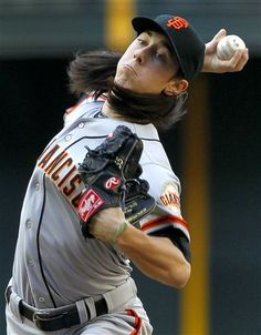 Game 1/162, 4/6/2012, Tim Lincecum delivers to Arizona Diamondbacks during season opener.
