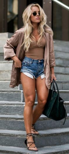 RORESS clothing ideas #women fashion casual denim shorts, nude blouse