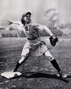 20 Pictures From The All-American Girls Professional Baseball League