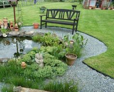 Edging for your flower beds. Making a clean edge to divide your lawn, path or flowerbed is now easily done with EverEdge