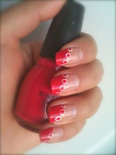 Get a beautiful and also very simple design #nails #manicure