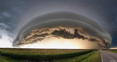 On this one, you see the the cloud completely, with a combination of the two types - shelf and roll cloud. Description from pixdaus.com. I searched for this on bing.com/images